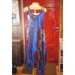 Ülimugav universaalsuurusega kleit