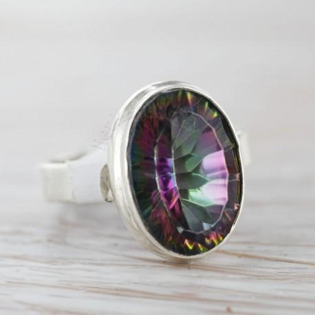 Müstilise topaasiga sõrmus 17,5