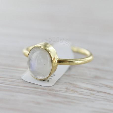 Vikerkaare kuukiviga sõrmus 15
