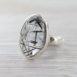 Turmaliinkvartsiga sõrmus 17