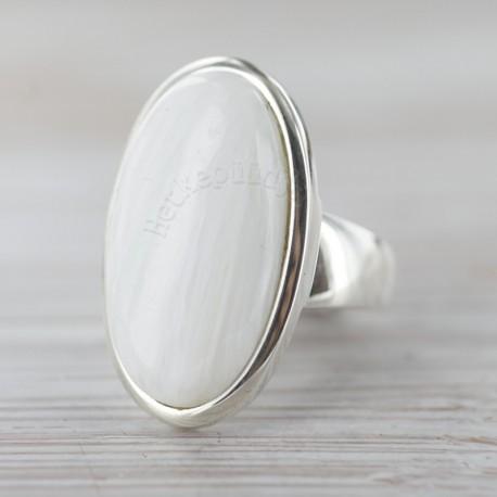 Stilbiidiga sõrmus 18