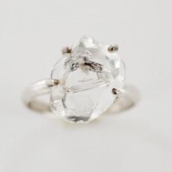 Herkimeri teemantsõrmus...