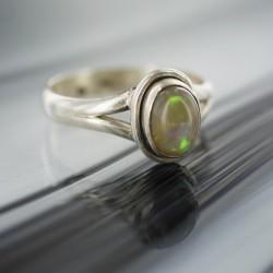 Etioopia Opaal sõrmus s18
