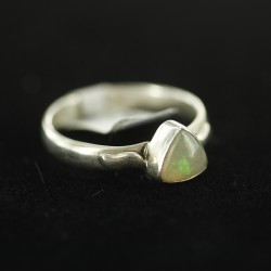 Etioopia opaal sõrmus 17.15