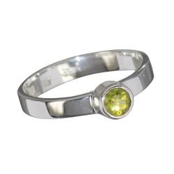 Peridoot- ehk oliviinsõrmus 18